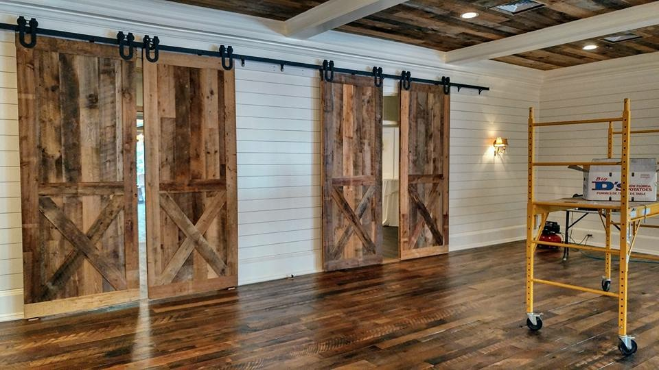 Whiskey-Springs-Oak-Flooring-4″-8″-and-Brown-Barn-Wood-Siding