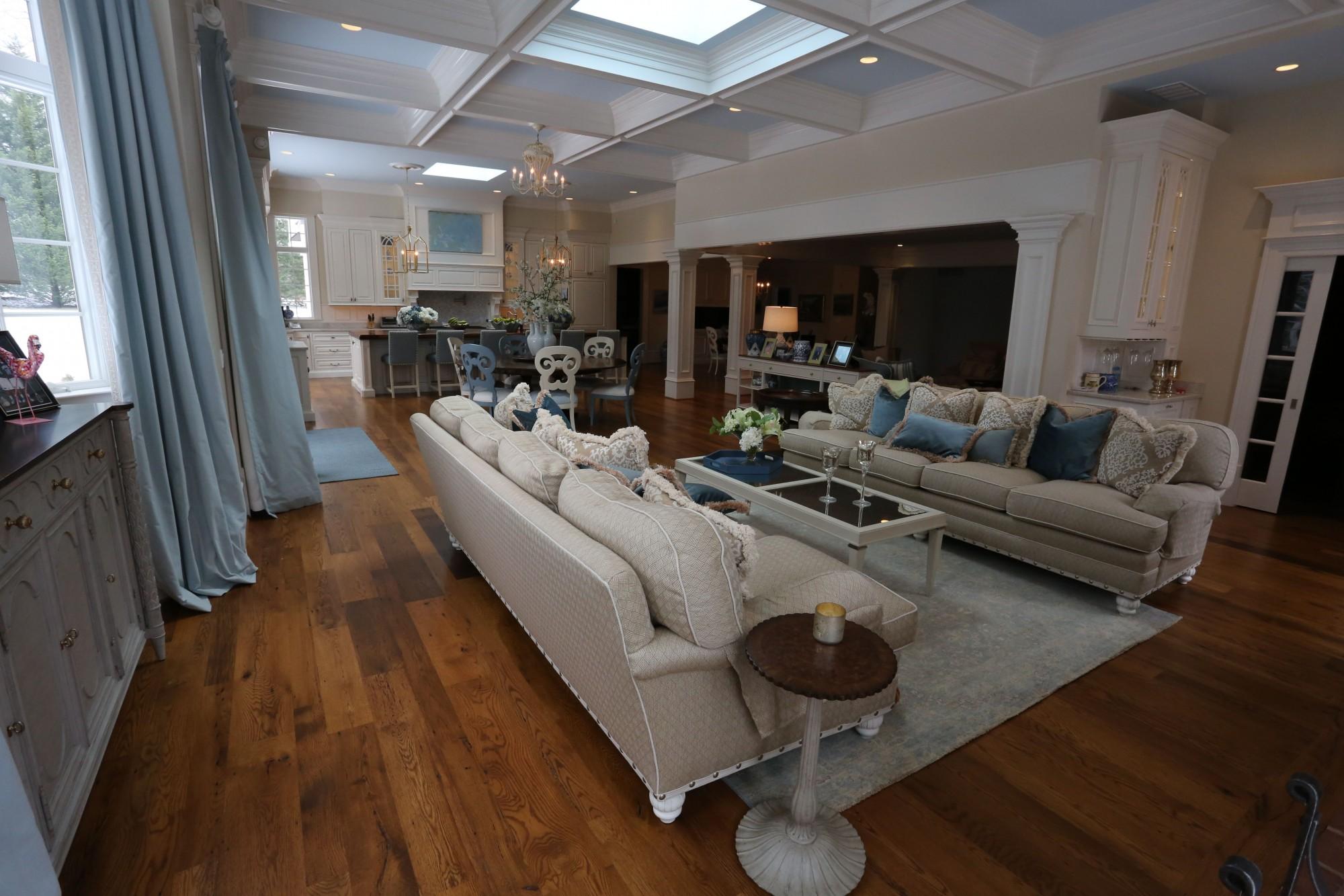 Vintage-Distressed-Oak-Flooring